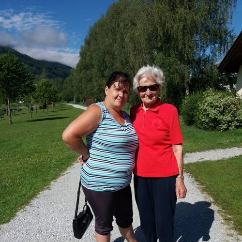 Loredana und Frau Steger