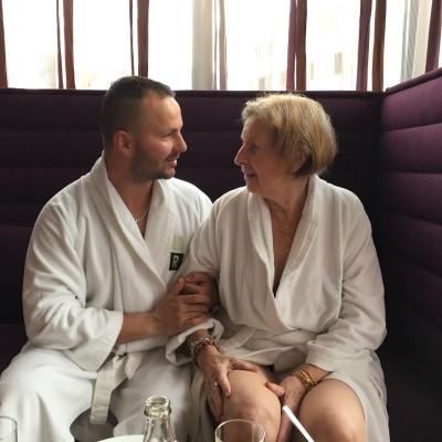 Eduard und Frau Dr. Neumayr